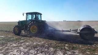 Preparo do solo para o plantio de arroz em Arroio Grande- RS.